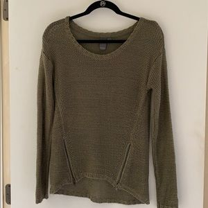 Olive Quinn Sweater
